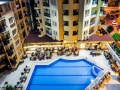 Kleopatra-Royal-Palm-pool-723x407