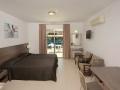 Petrosana Hotel Apts - Aja Napa (4)